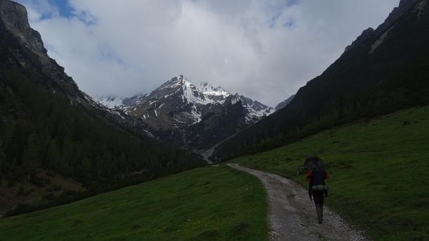 Zu Fuß über die Alpen - Alpentour Montessori 2019